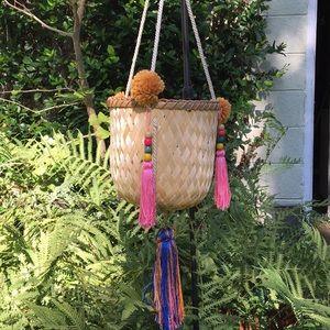 Halin Hanging Basket